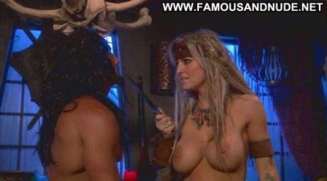 Janine Lindemulder Pirates Table Sex Hot Babe Beautiful Female Famous