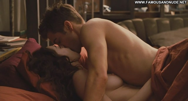 Anne Hathaway Love And Other Drugs Breasts Celebrity Big Tits