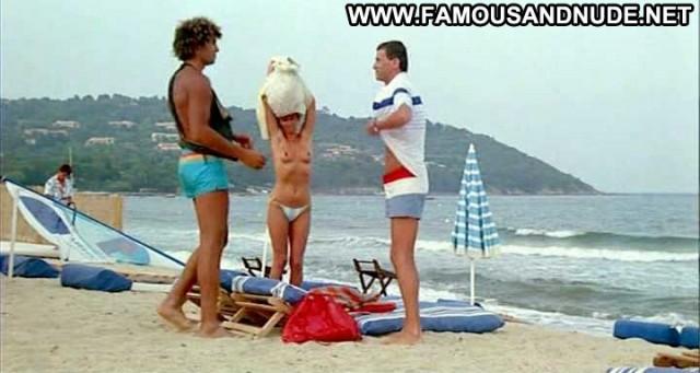 Barbara Nielsen L Annee Des Meduses Big Tits Celebrity Bikini Breasts