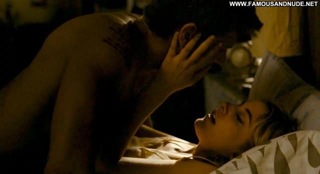 Greta Gerwig Nude Sexy Scene Lola Versus Kissing Actress Hot