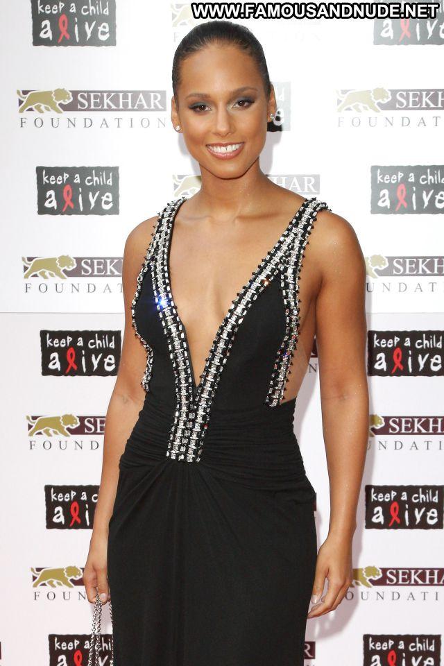 Alicia Keys No Source Famous Ebony Singer Celebrity Babe Posing Hot