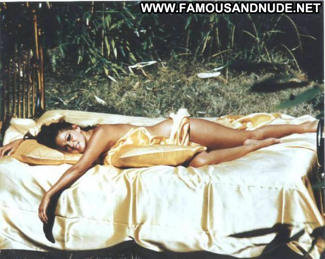 Claudia Cardinale No Source Hot Celebrity Cute Famous Posing Hot