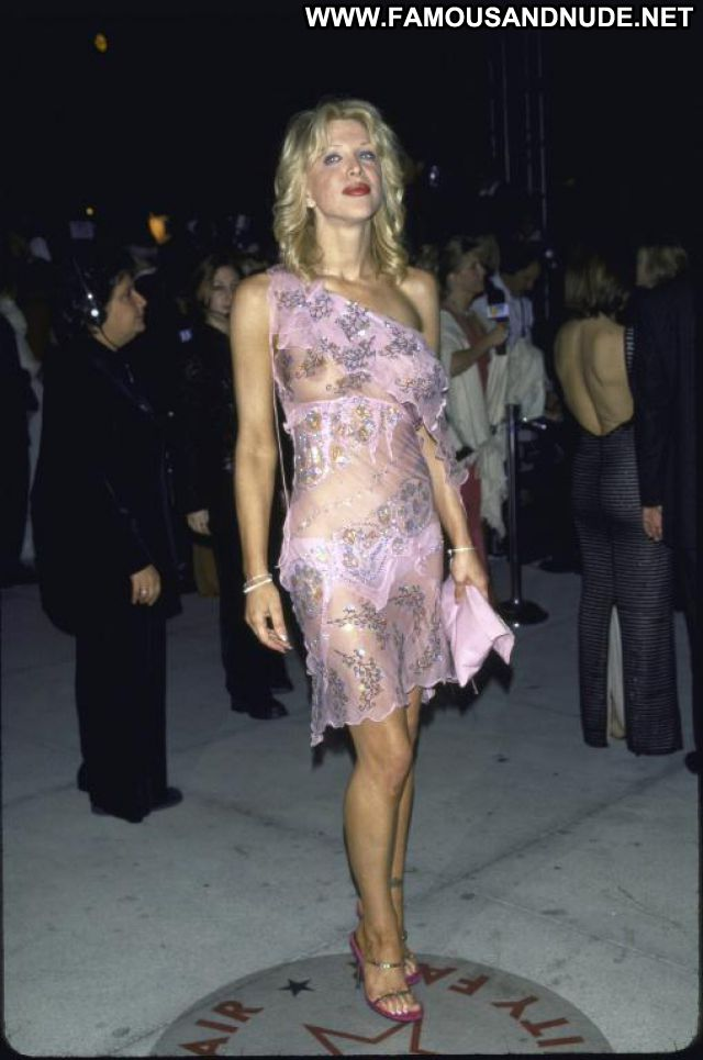 Courtney Love No Source Posing Hot Blonde Famous Singer Celebrity