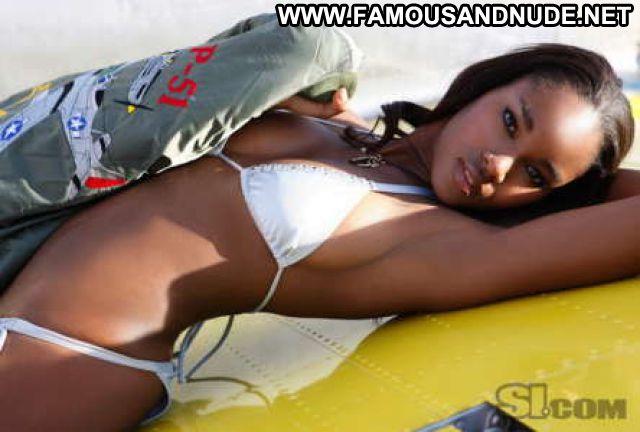 Damaris Lewis No Source Cute Posing Hot Celebrity Posing Hot Bikini
