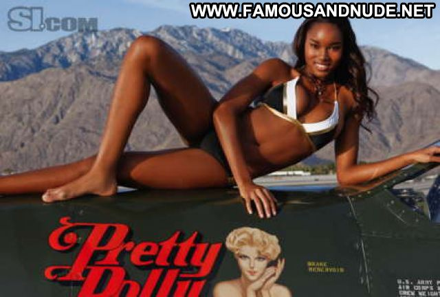 Damaris Lewis No Source Hot Athletic Babe Ebony Posing Hot Bikini