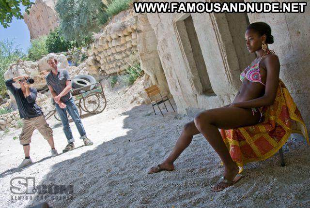 Damaris Lewis No Source Cute Ebony Bikini Celebrity Hot Posing Hot