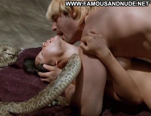 Lucy Liu Nude Sexy Scene Asian Showing Ass Sex Scene Actress