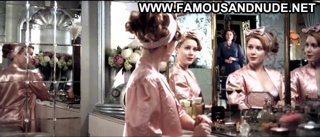 Amy Adams Nude Sexy Scene Miss Pettigrew Lives For A Day Hot