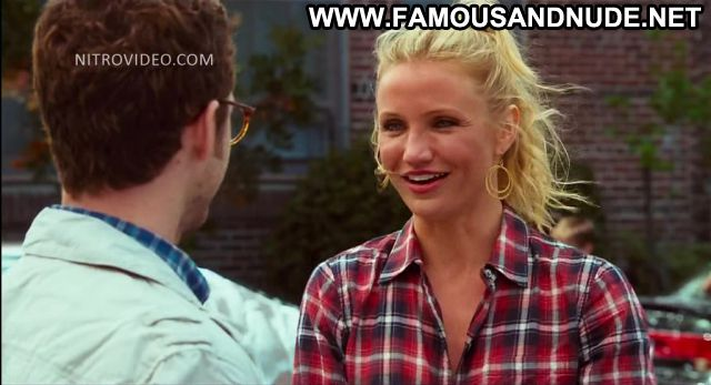 Cameron Diaz Bad Teacher Car Wash Blonde Showing Tits Female