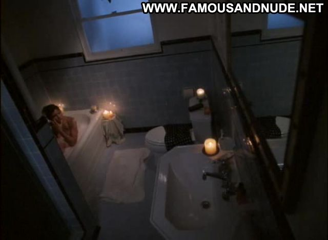 Kari Wuhrer Kates Addiction Famous Celebrity Nude Posing Hot Sexy