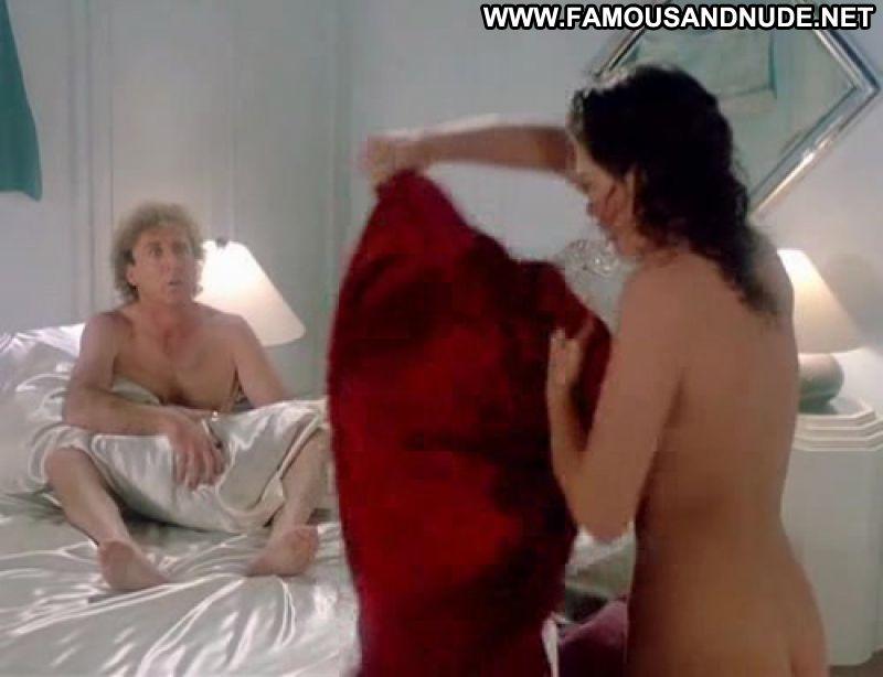 beautiful nude middle east women