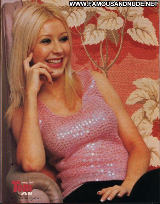 Christina Aguilara Blue Eyes Singer Blonde Sexy Famous Babe