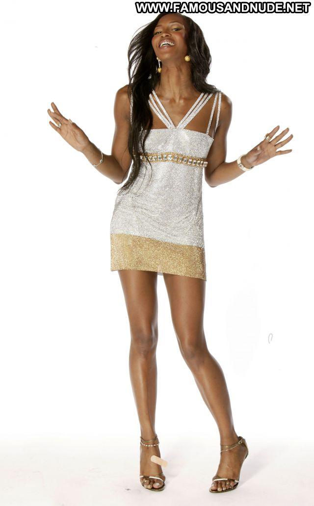 Naomi Campbell No Source Celebrity Babe Posing Hot Cute Ebony