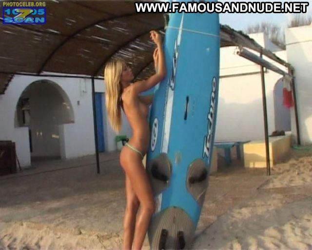 Elena Santarelli No Source Ass Famous Big Tits Celebrity Hot Showing