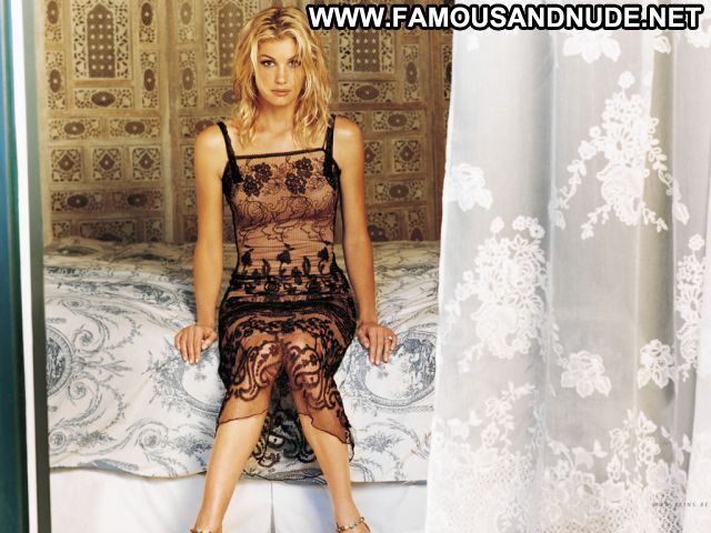 Faith Hill No Source Posing Hot Singer Blonde Sexy Famous Hot Babe