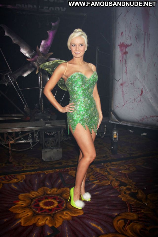 Holly Madison Nude Sexy Scene Playmate Sexy Dress Blonde Hot