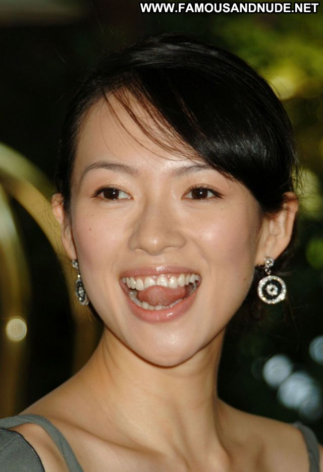 Zhang Ziyi No Source Babe Hot Posing Hot Posing Hot Famous Sexy Dress