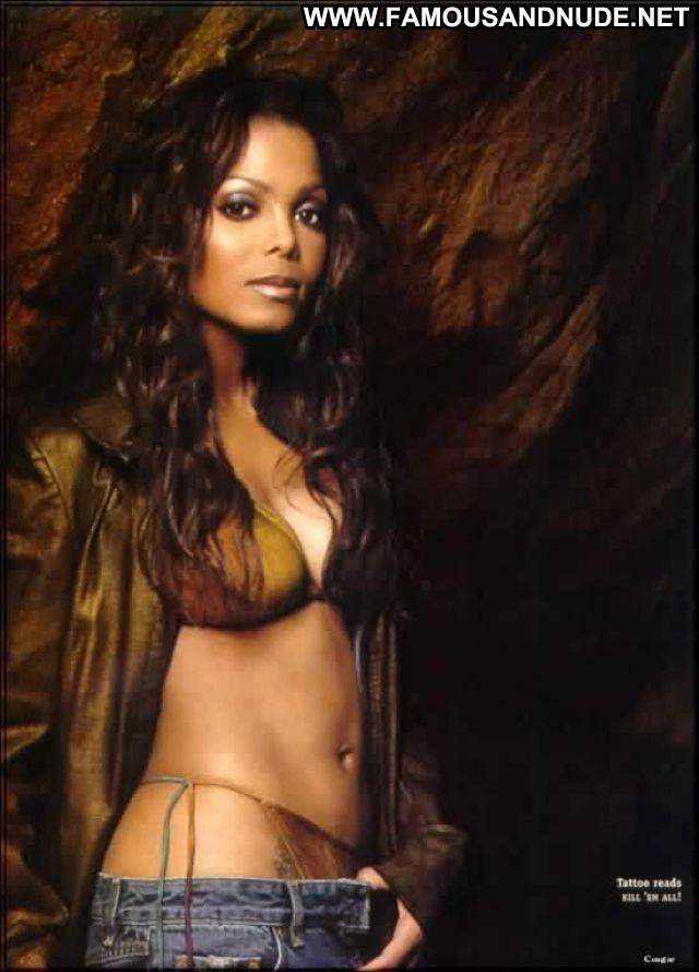 Janet Jackson No Source Cute Posing Hot Ebony Bikini Famous Celebrity
