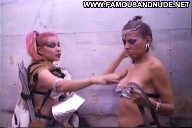 Blanca Nieves Dos Nacos En El Planeta De Las Mujeres Latina Big Tits
