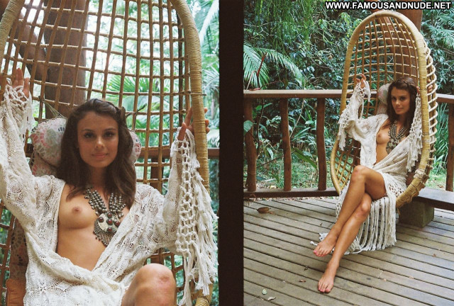 Celebrities Nude Celebrities Hot Posing Hot Celebrity Babe Beautiful