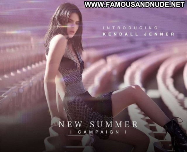 Kendall Jenner Summer Camp Posing Hot Babe Beautiful Paparazzi Summer