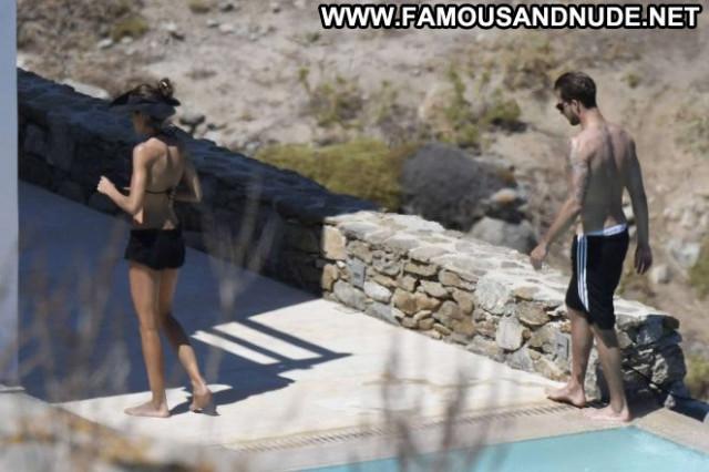 Izabel Goulart No Source Babe Beautiful Bikini Celebrity Posing Hot