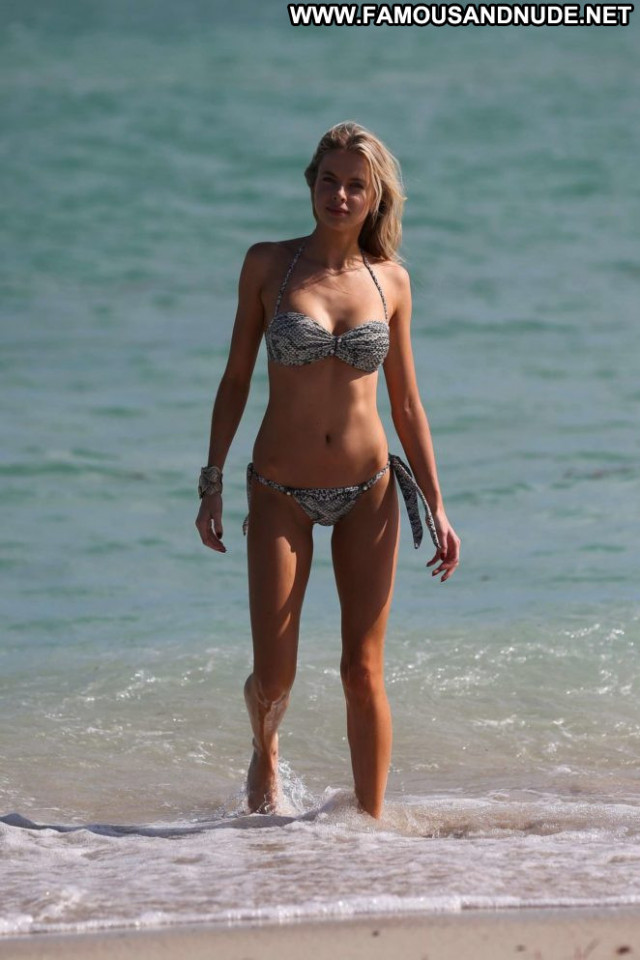 Louisa Warwick The Beach Paparazzi Posing Hot Beach Babe Celebrity