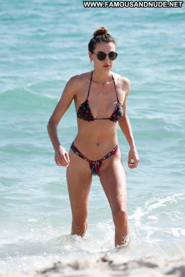 Bikini No Source Paparazzi Babe Beautiful Celebrity Bikini Candid