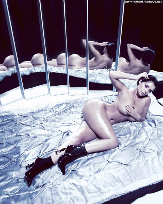 Demi Rose Mawby No Source Candid British Topless Big Tits Cape Verde