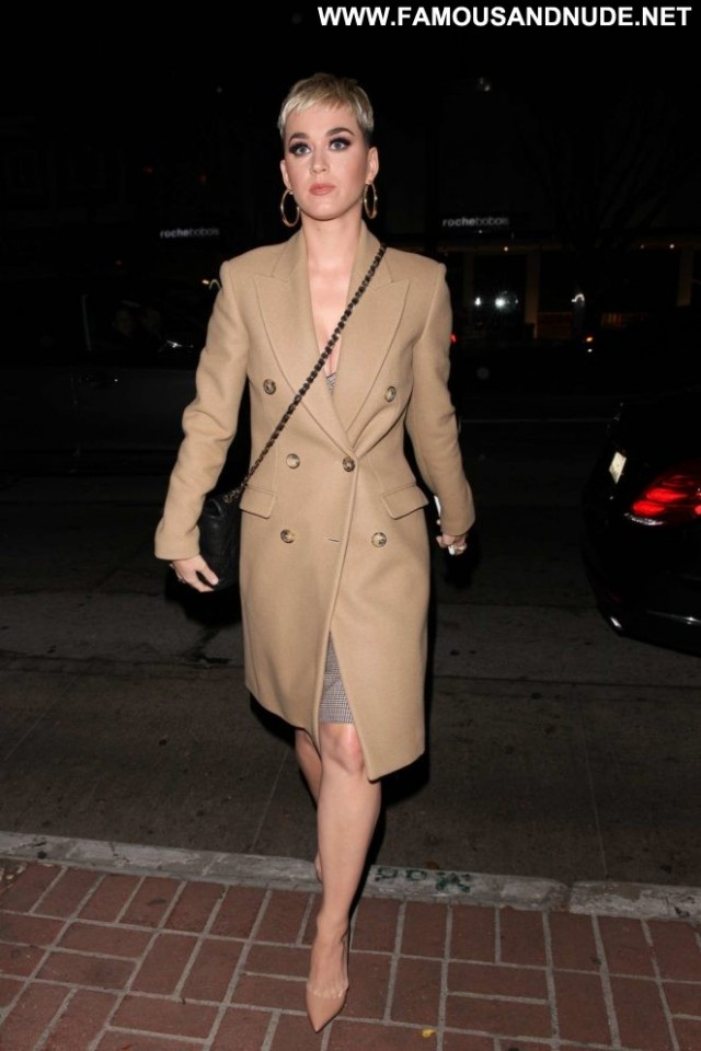 Katy Perry West Hollywood Restaurant Beautiful Hollywood Babe