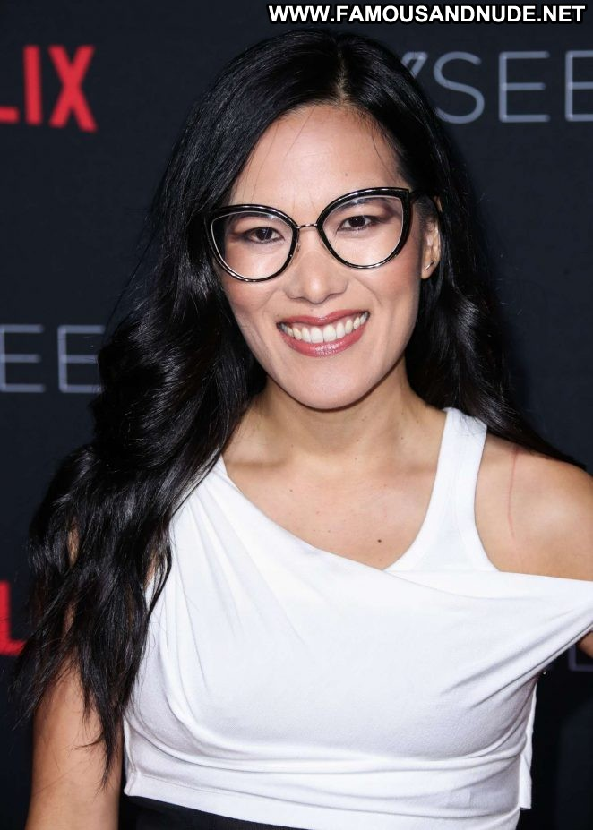 Ali Wong Los Angeles Los Angeles Celebrity Beautiful Babe Posing Hot Paparazzi Angel Los Angeles