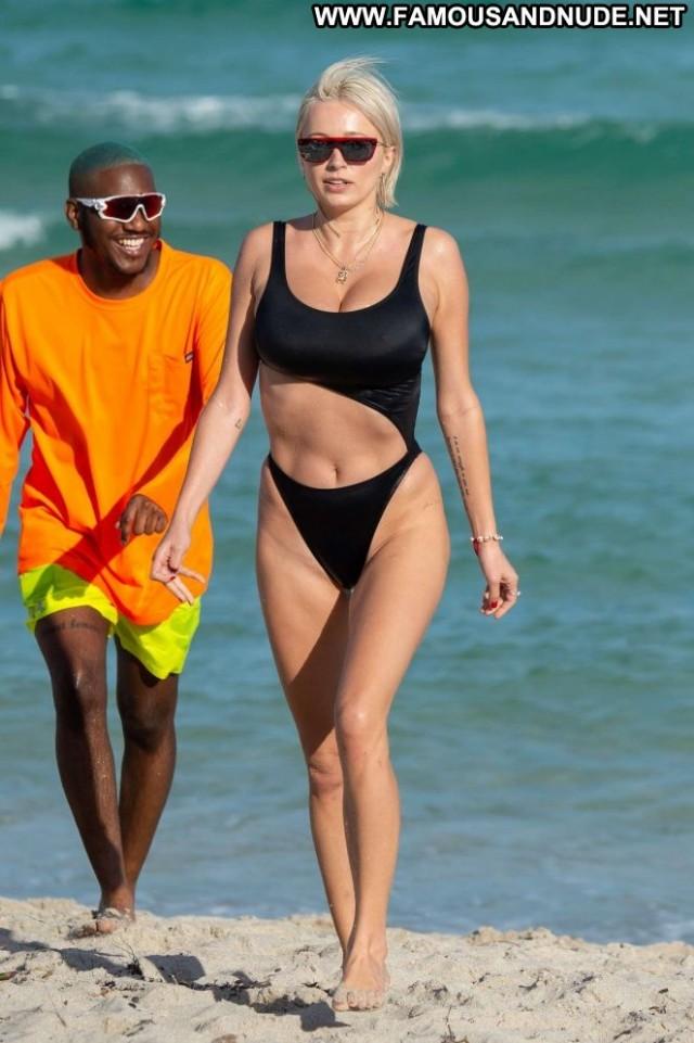 Caroline Vreeland No Source Celebrity Black Beautiful Paparazzi Babe