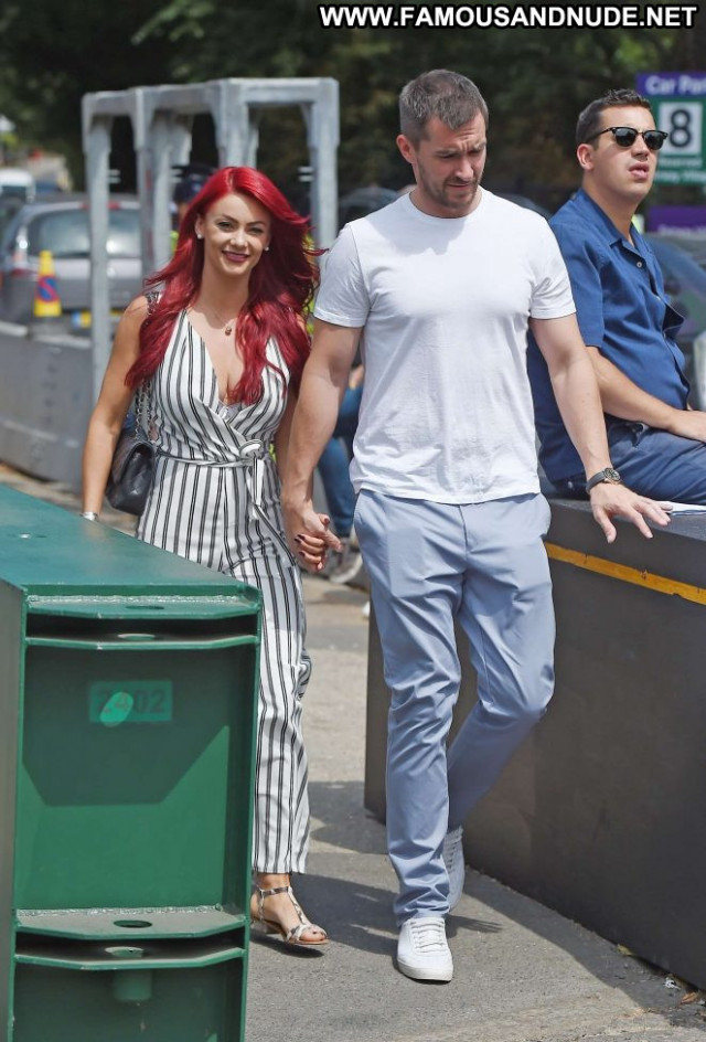Dianne Buswell No Source Paparazzi Tennis Bus Babe Posing Hot