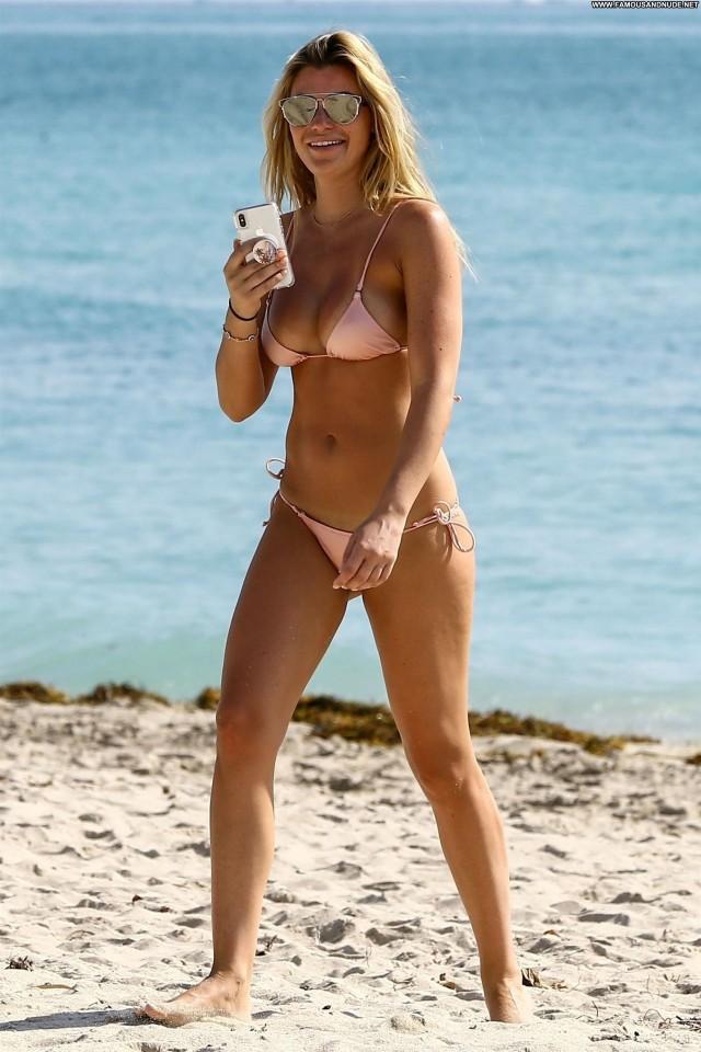 Samantha Hoopes Sports Illustrated Posing Hot Beautiful Perfect Hot