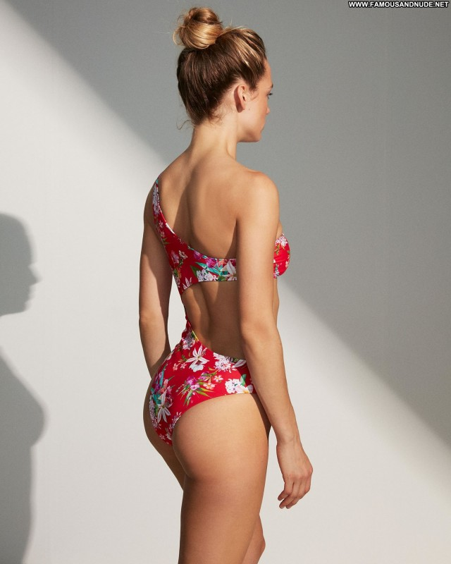 Hannah Ferguson No Source Posing Hot Swimsuit Nails Beautiful Babe