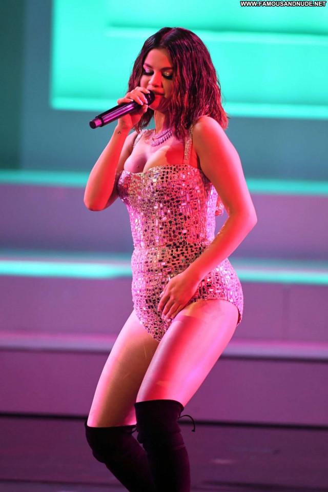 Sandra Kubicka No Source  Babe Beautiful Posing Hot Celebrity