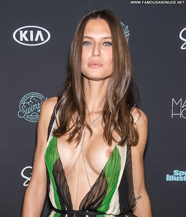 Bianca Balti Sports Illustrated Swimsuit New York Big Boobs Sport