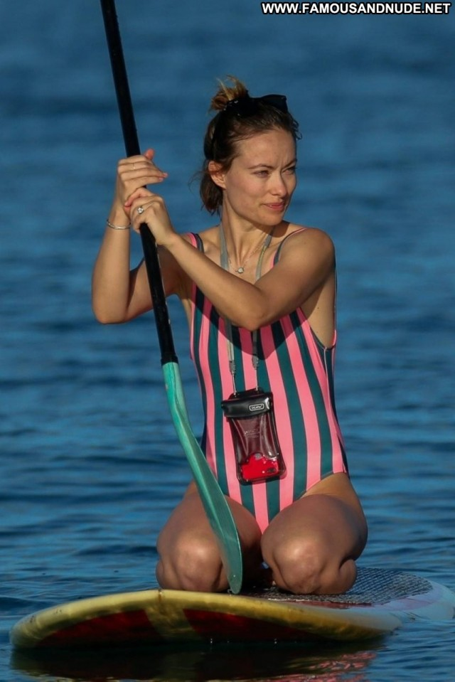 Olivia Wilde Third Person Old Sexy Celebrity Posing Hot Beautiful Sex