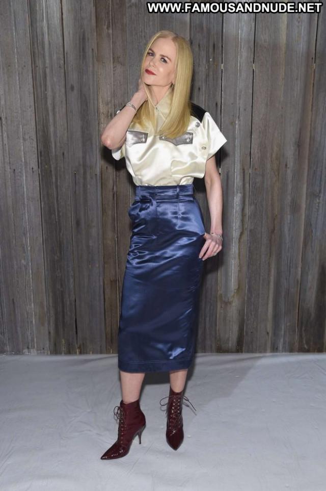 Nicole Kidma Fashion Show Celebrity Beautiful Fashion Posing Hot Babe