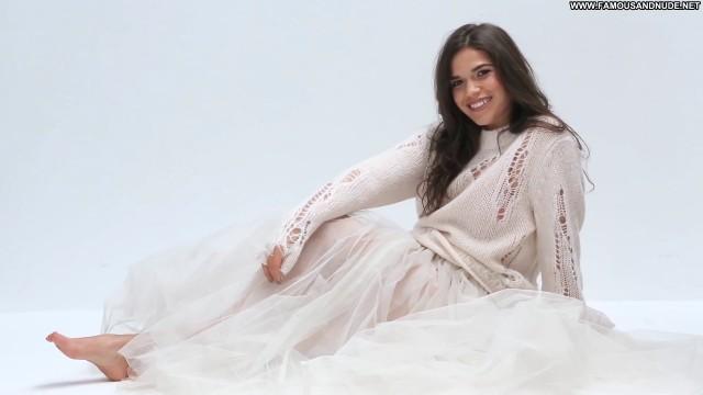 America Ferrera Miami Beach Posing Hot Beautiful Babe Celebrity Latina