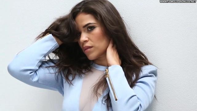 America Ferrera Miami Beach  Celebrity Posing Hot Beautiful Babe