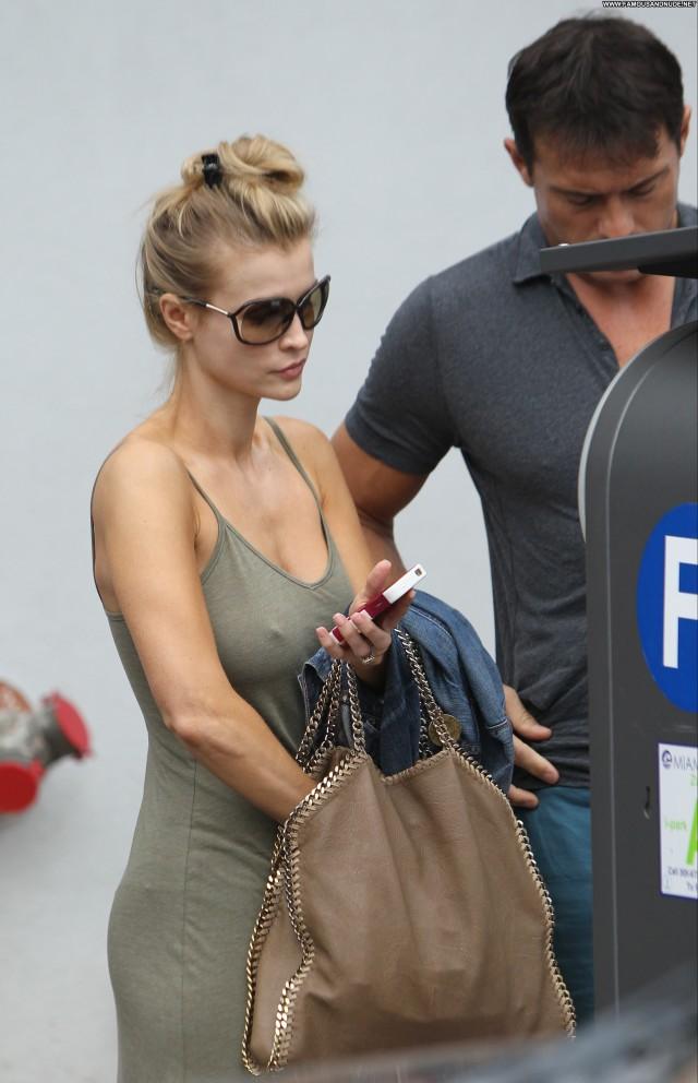 Joanna Krupa No Source Beautiful Posing Hot Babe Candids High