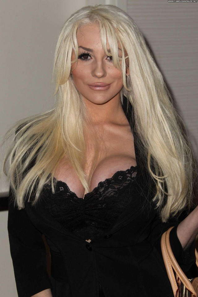 Courtney Stodden No Source Beautiful Celebrity Posing Hot Babe High