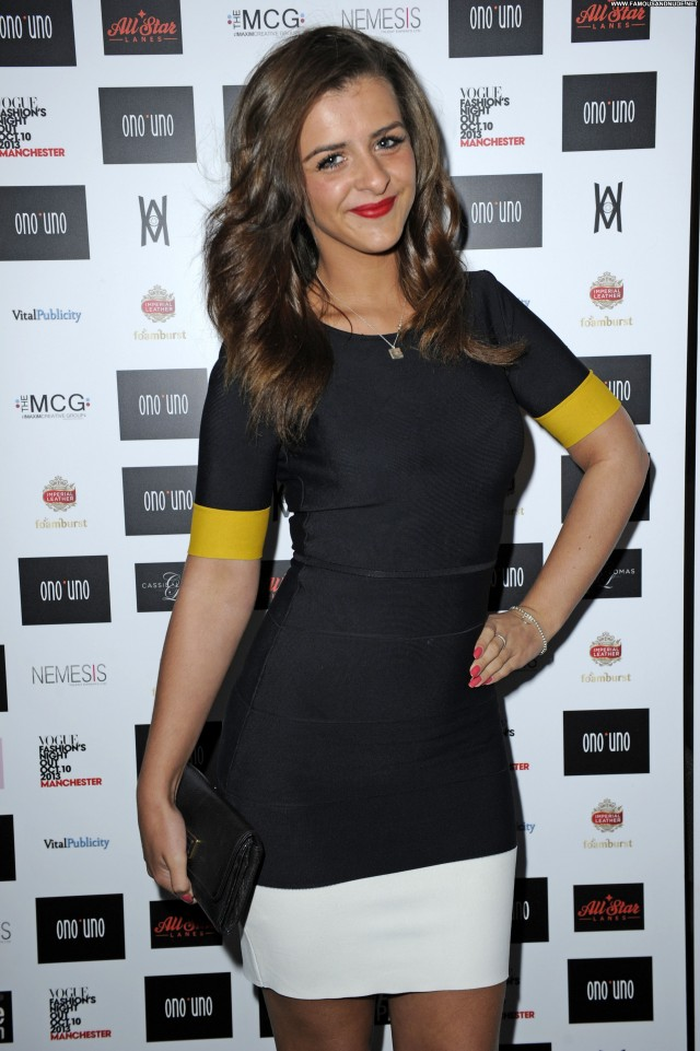 Rebecca Ryan Fashion Show Fashion High Resolution Posing Hot Actress