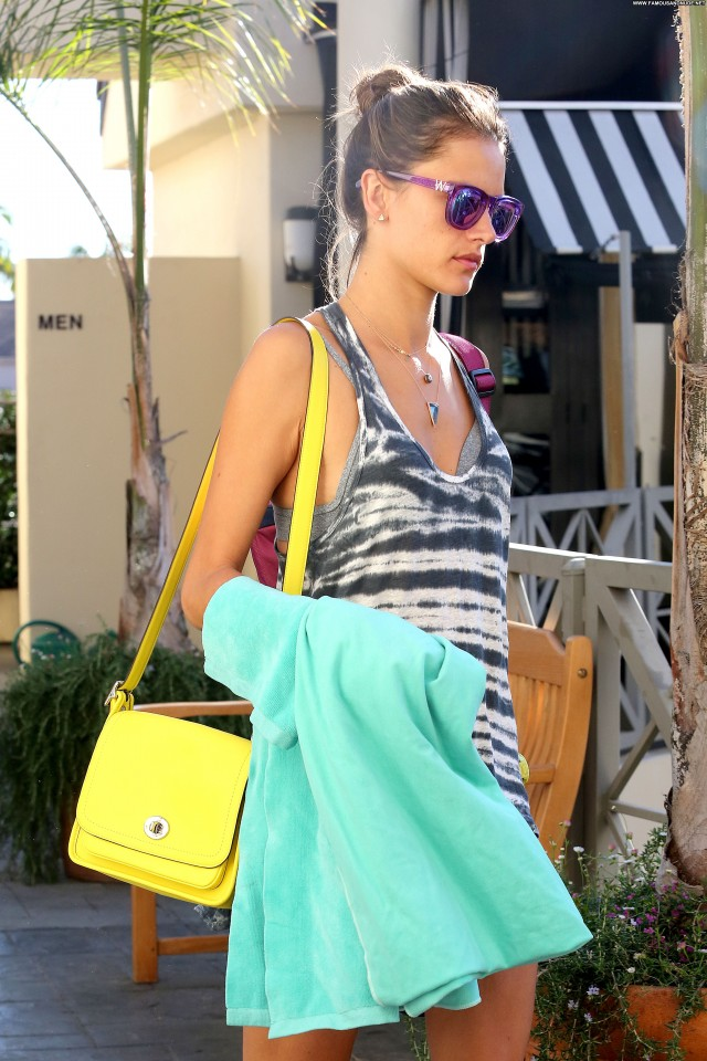 Alessandra Ambrosio Yoga Class Yoga Beautiful Babe High Resolution