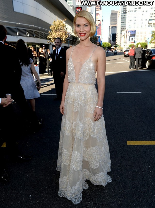 Claire Danes Primetime Emmy Awards Celebrity Posing Hot Awards