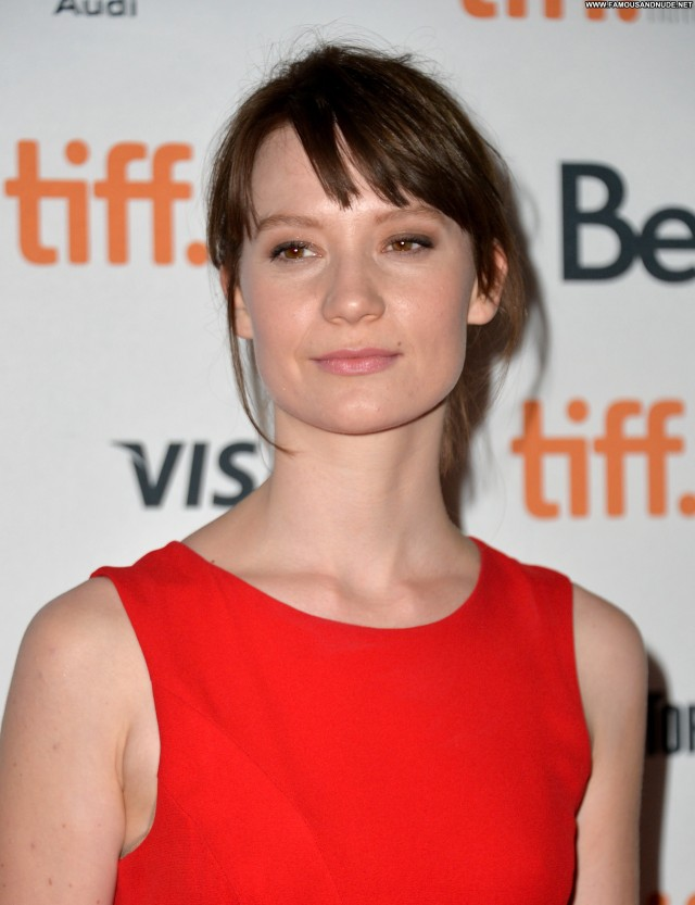 Mia Wasikowska Only Lovers Left Alive Posing Hot Beautiful Celebrity