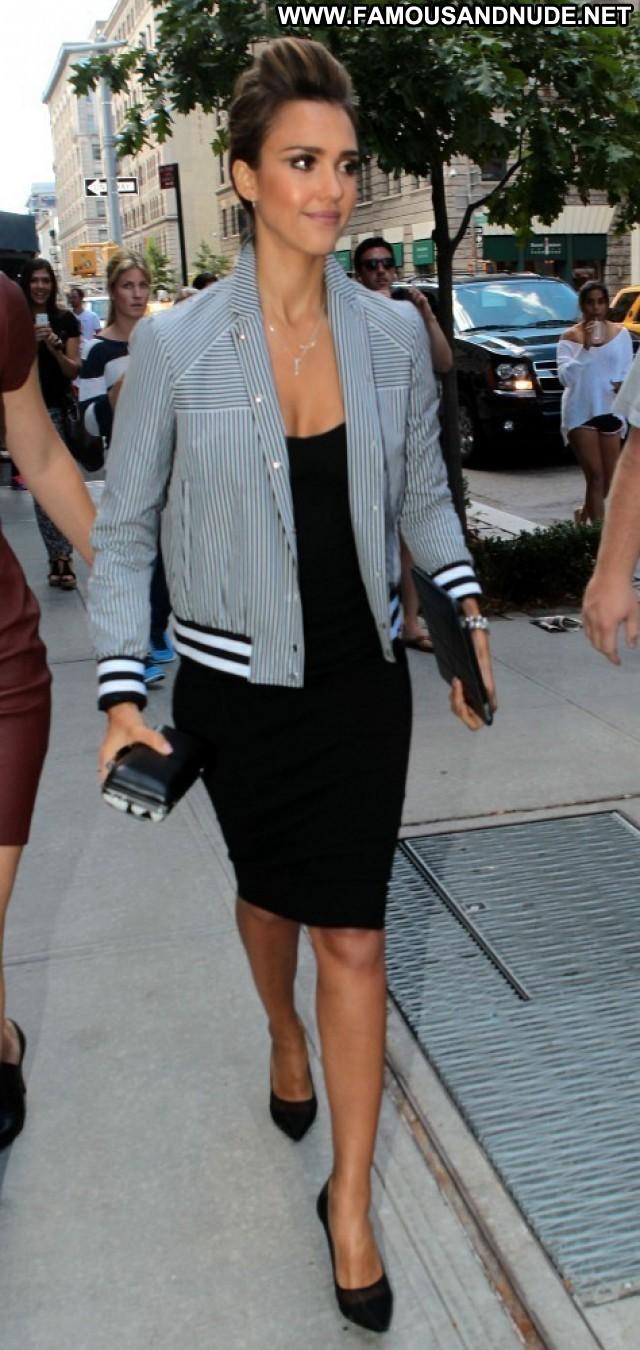 Jessica Alba No Source Nyc Beautiful High Resolution Posing Hot