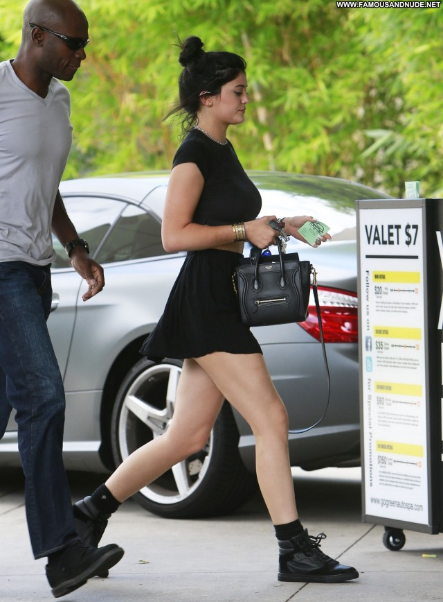 Kylie Jenner Los Angeles Candids Posing Hot Celebrity Babe Beautiful