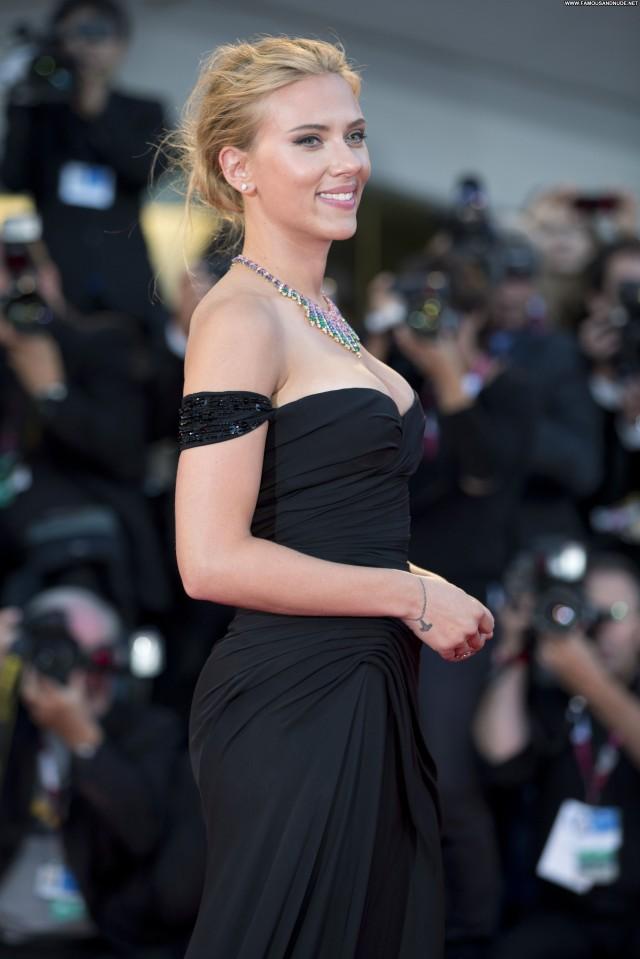 Scarlett Johansson Under The Skin Babe Celebrity Beautiful High